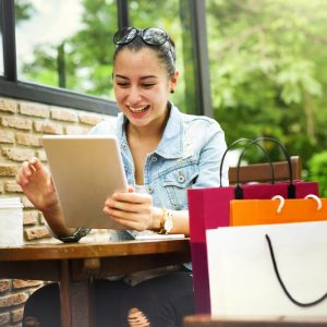 How to Impress Online Shoppers for Repeat Purchases
